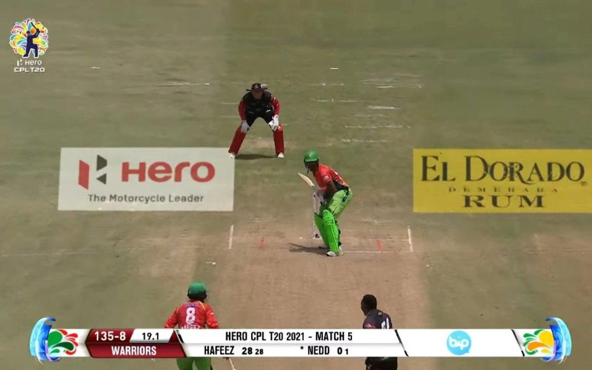 Cricket Image for VIDEO : ड्वेन ब्रावो ने नहीं की अश्विन जैसी हरकत, CPL 2021 में देखने को मिला भाईचा