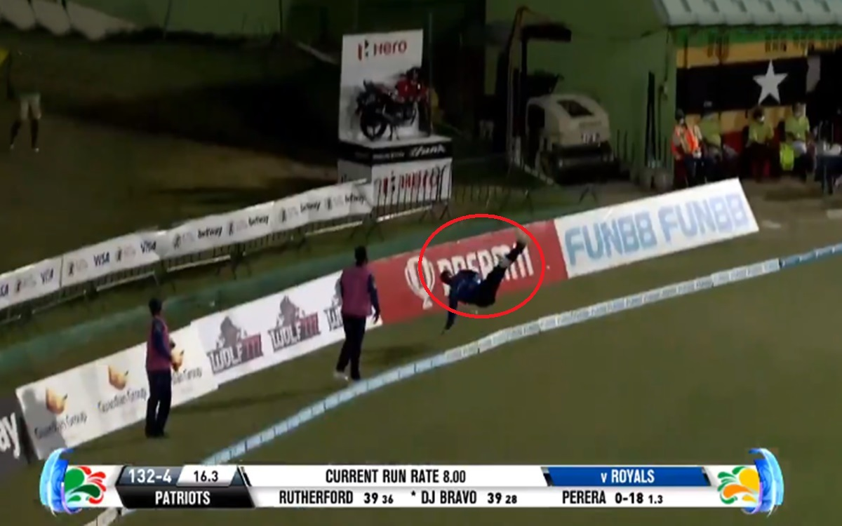 Cricket Image for Hayden Walsh Jr Pulls Off Spectacular Stunt Near Boundry Ropes Watch Video