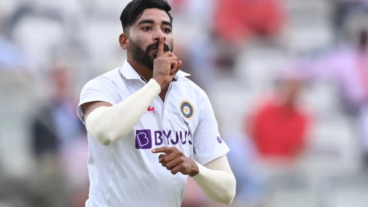 Headingly crowd throws a ball at Mohammed Siraj, Virat Kohli loses his cool