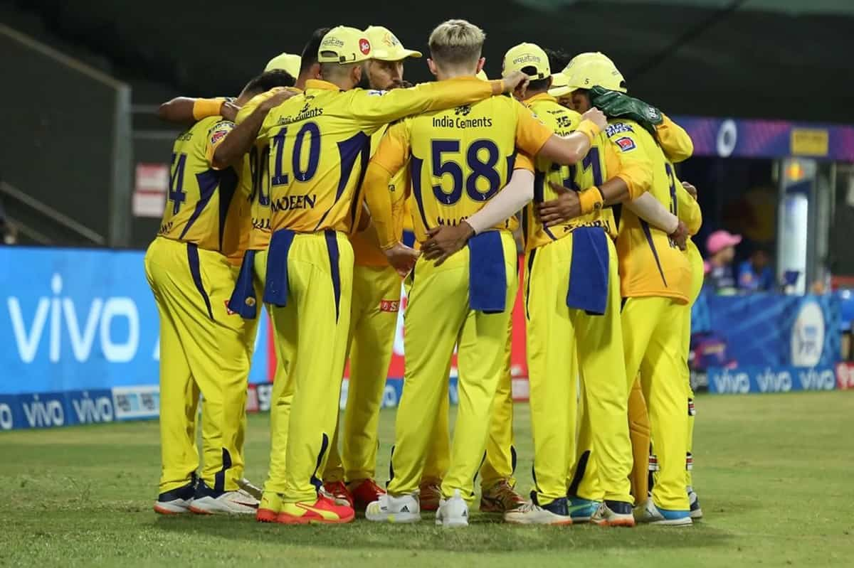IPL 2021 Phase 2 Big concern for CSK as Faf Du Plessis again getting affected by concussion, withdra