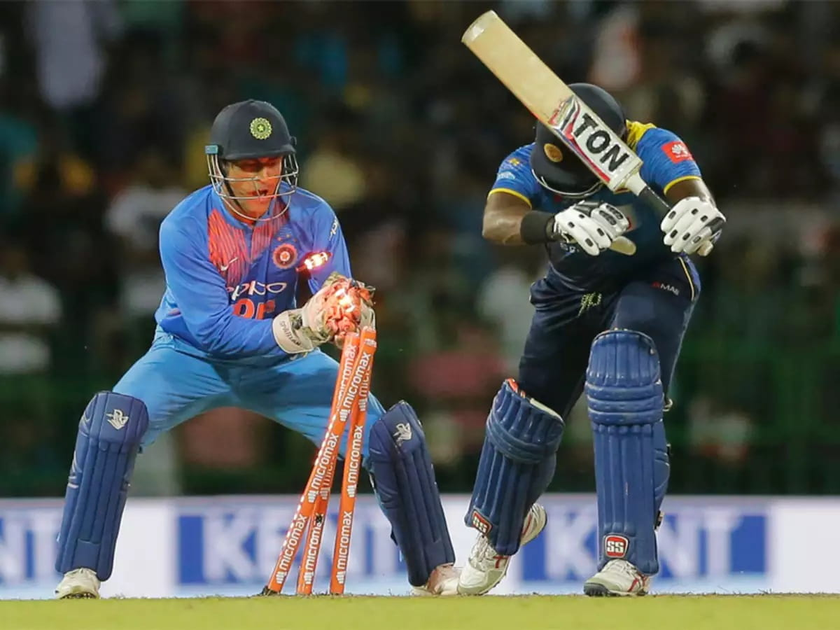 MS Dhoni stumping records and fastest hands behind the wickets