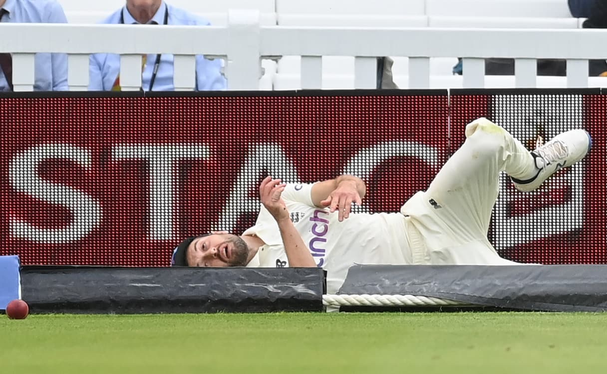 Pacer Mark Wood suffers shoulder injury, doubtful for third Test vs India
