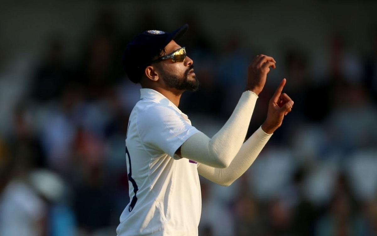 Cricket Image for दर्शकों ने मोहम्मद सिराज को गेंद से निशाना बनाया, कप्तान विराट कोहली हुए गुस्सा