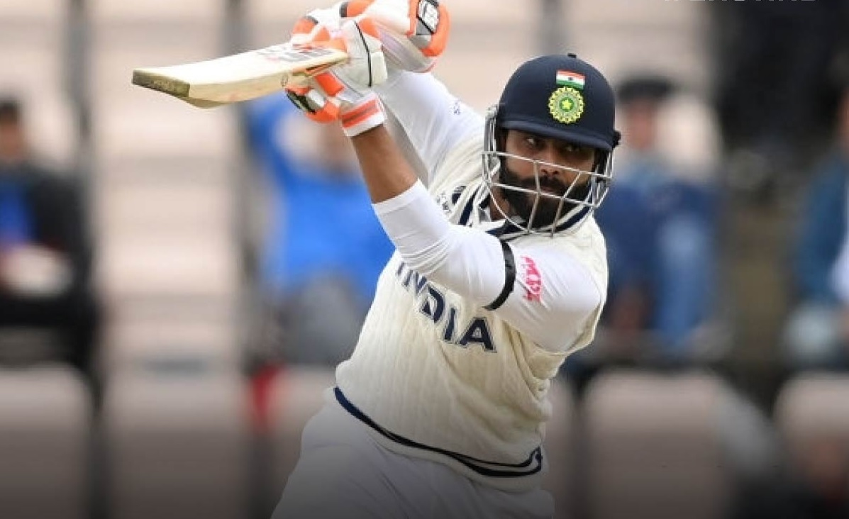 India lead by 8 runs in first innings for 1st test