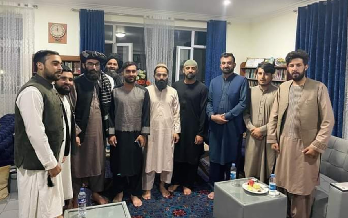 Cricket Image for Taliban Leader Anas Haqqani Met With Afghanistan Cricket Team Captain Hashmatullah