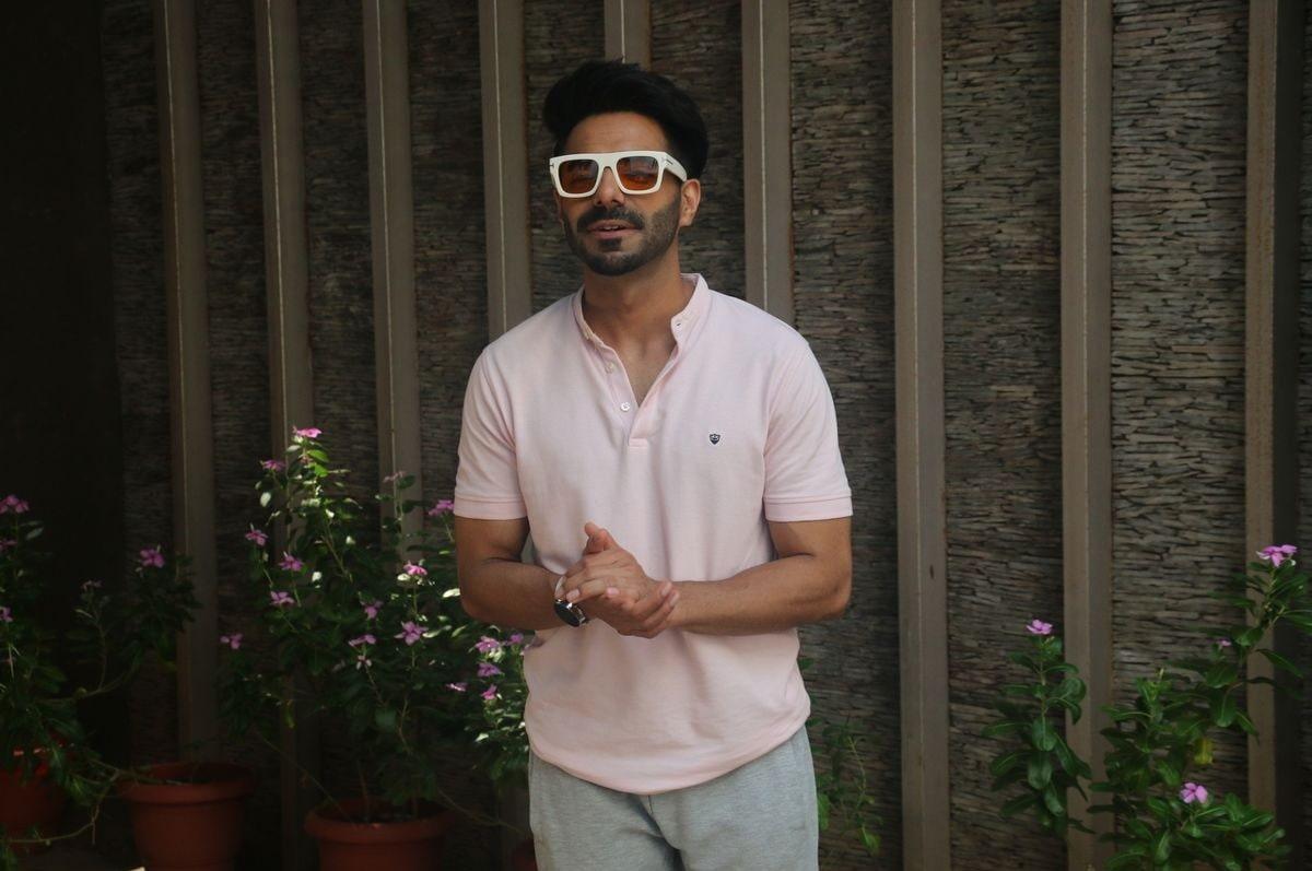 VIDEO Aparshakti Khurana reveals his favourite cricketer