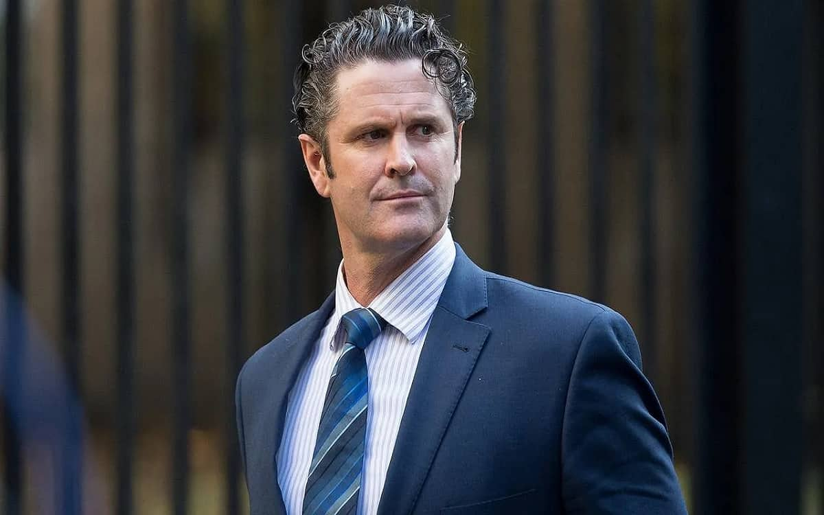 Chris Cairns returns home after surgery in Sydney while condition of former all-rounder still critical