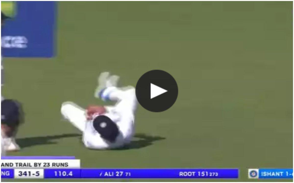 Cricket Image for VIDEO : 'हाथ से रेत की तरह फिसल रहा था मैच', इशांत शर्मा ने दो गेंदों में पलट दिया