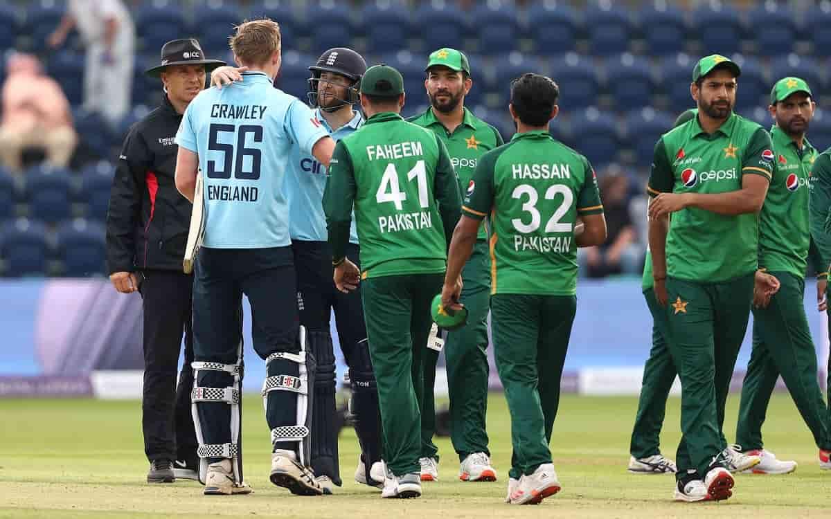 Cricket Image for 16 साल बाद पाकिस्तान को दौरा करने को इंग्लैंड तैयार, कराची के बदले इस मैदान पर हों