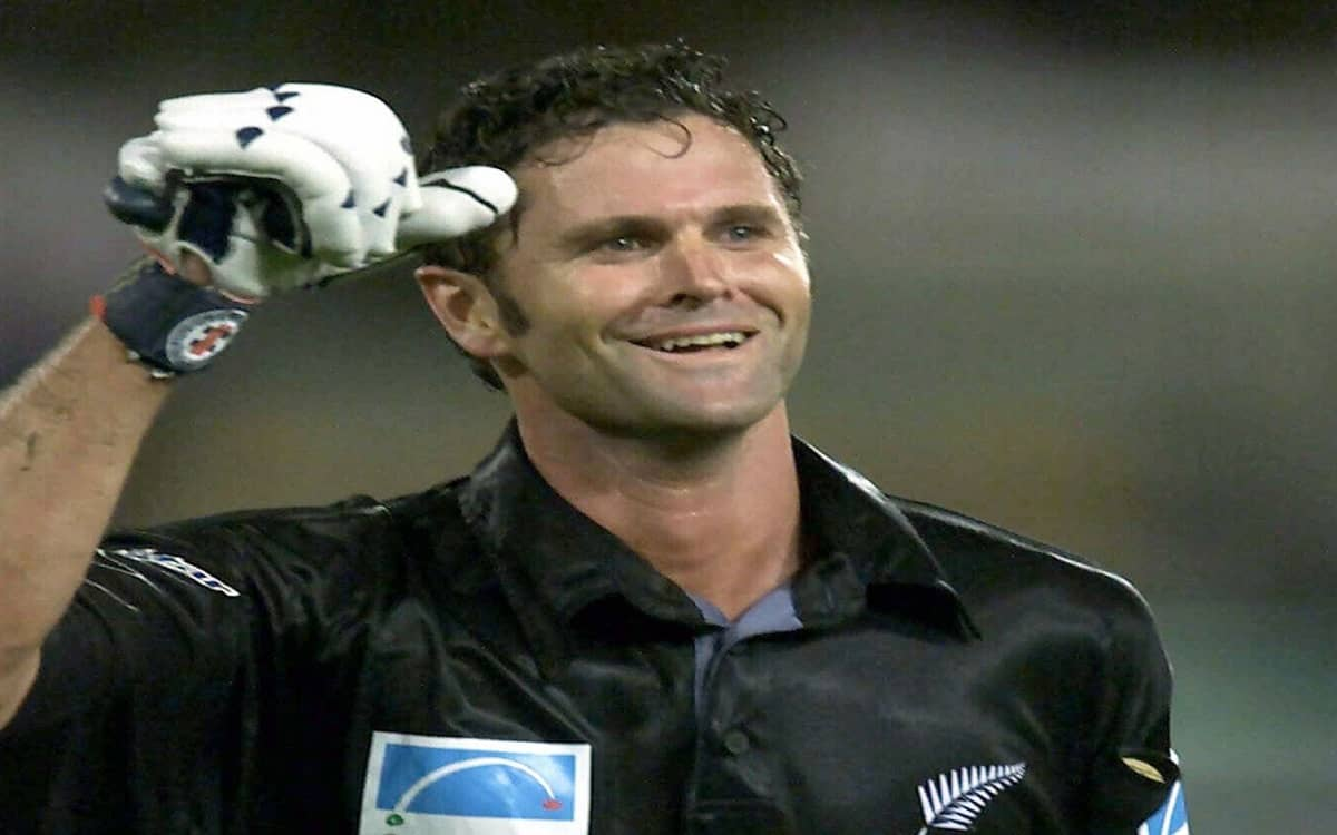 Former Kiwi player Chris Cairns is fighting for life on life support system in australia
