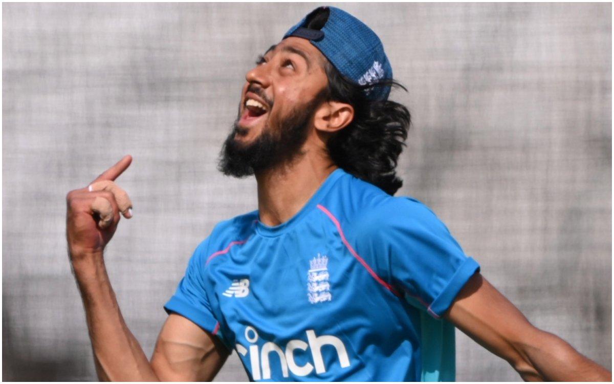 Cricket Image for VIDEO : 57 महीनों का इंतज़ार हुआ बेकार, सिर्फ एक गेंद खेलकर हो गया काम तमाम
