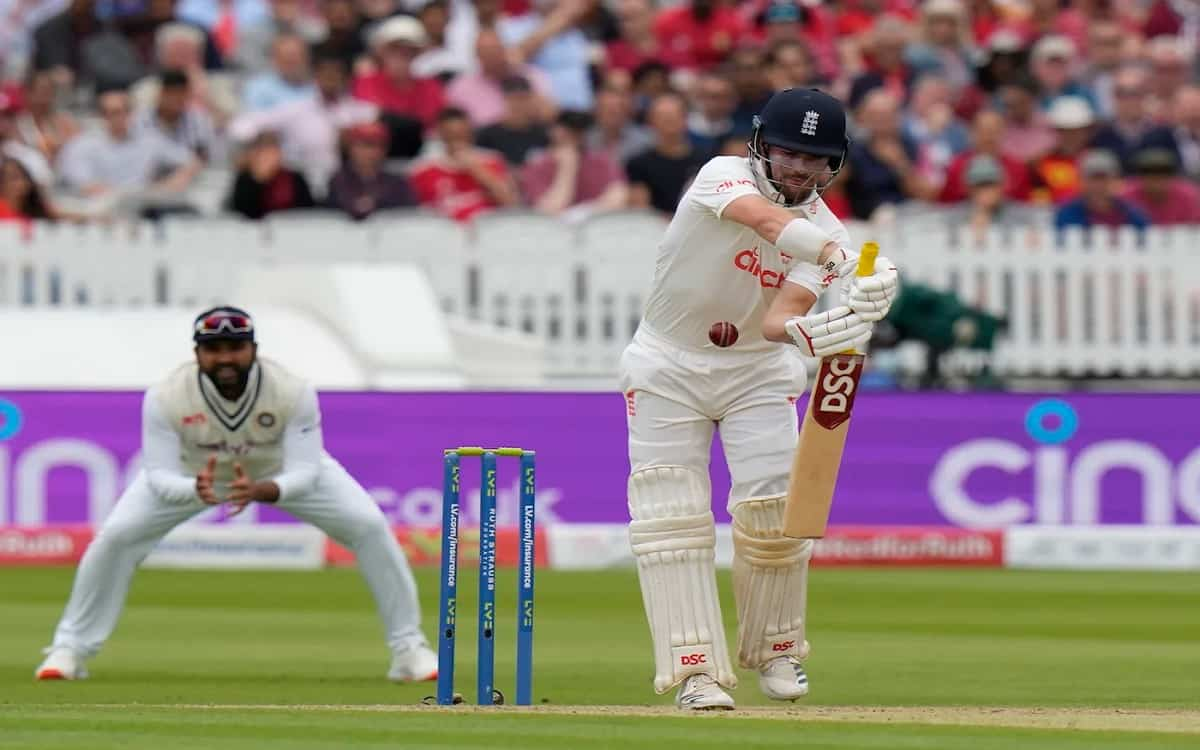 England scored 23 runs without losing a wicket till the Tea-break whereas India's first innings end on total of 364 runs
