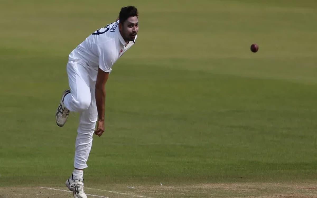 Cricket Image for इंग्लैंड से स्वदेश लौटे आवेश खान ने फिटनेस पर शुरू किया काम, इस लीग पर है नजरें