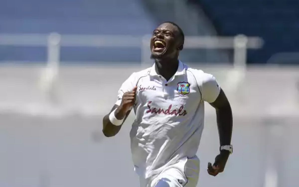 West Indies beat Pakistan by 1 wicket in firs test