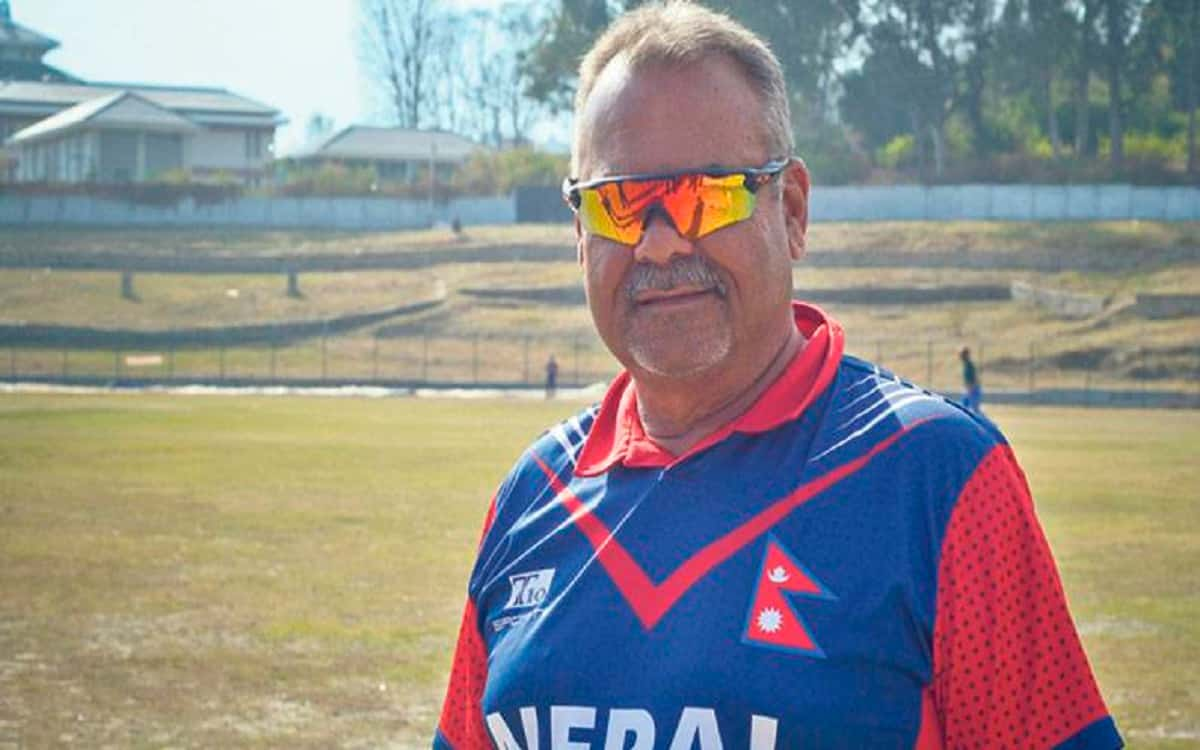 Dow Whatmore left the side of Nepal cricket team after resigned as coach due to personal reason