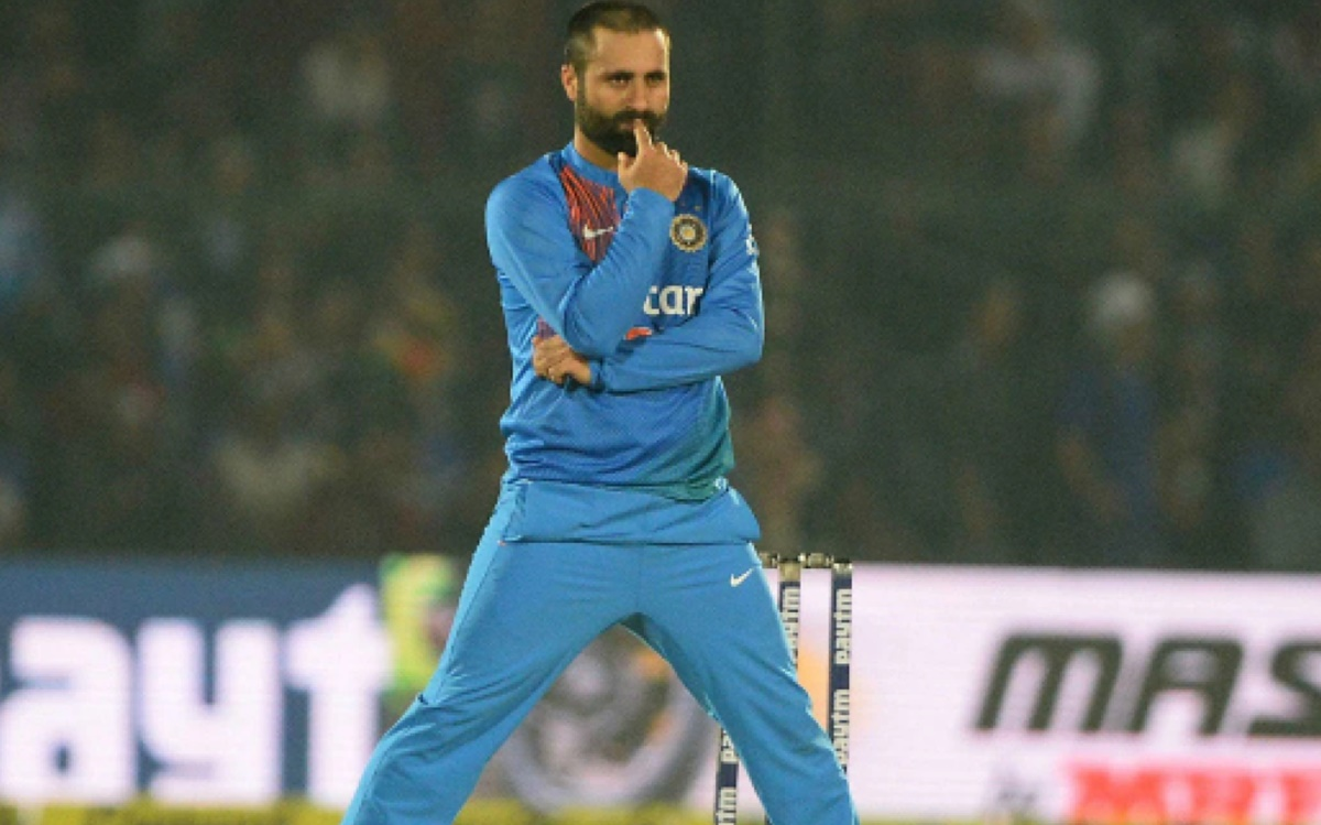 Cricket Image for Parvez Rasool Controversy Indian Bowling Allrounder Asked To Hang Himself