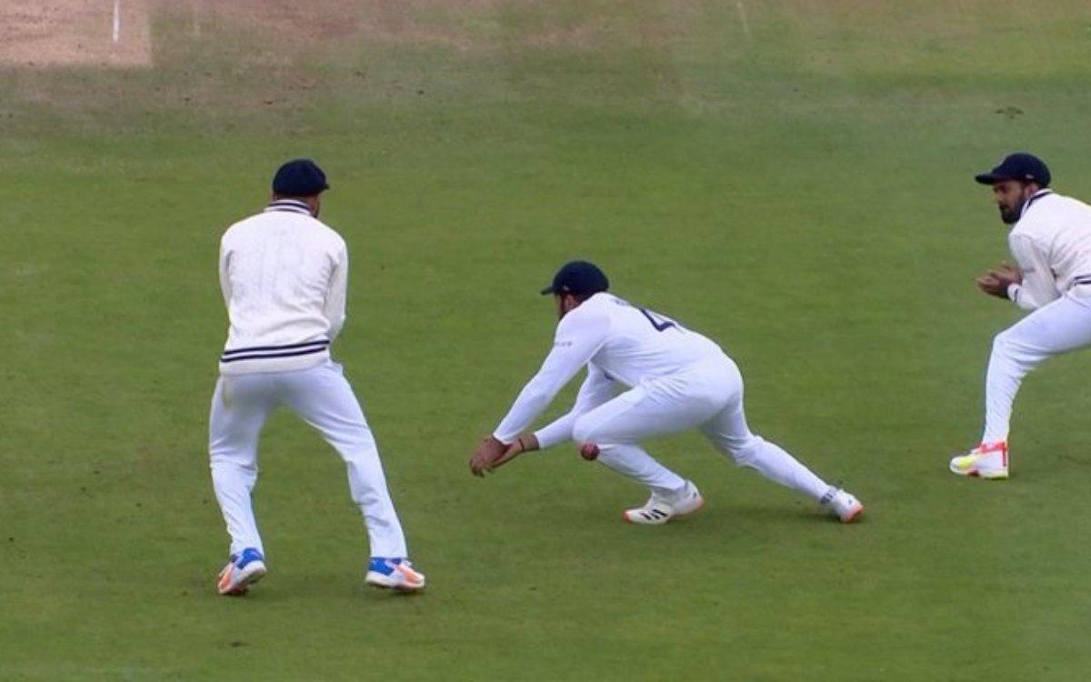 Cricket Image for VIDEO : 'हिटमैन ने कर दी थी बड़ी गलती', लेकिन खुशकिस्मती से नहीं पड़ी भारी
