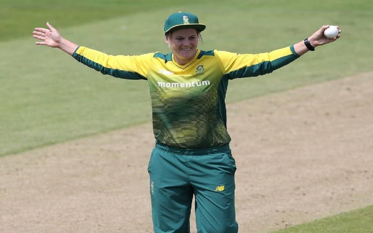 Cricket Image for विंडीज दौरे के लिए साउथ अफ्रीका की 18 सदस्यीय महिला टीम घोषित, कप्तान निएर्केक की