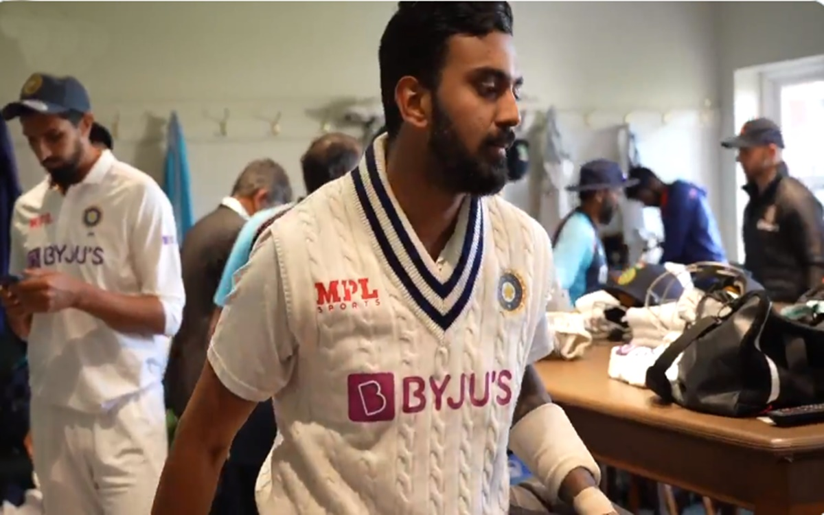 Cricket Image for Team India Reaction After Kl Rahul Returns To The Dressing Room Watch Video