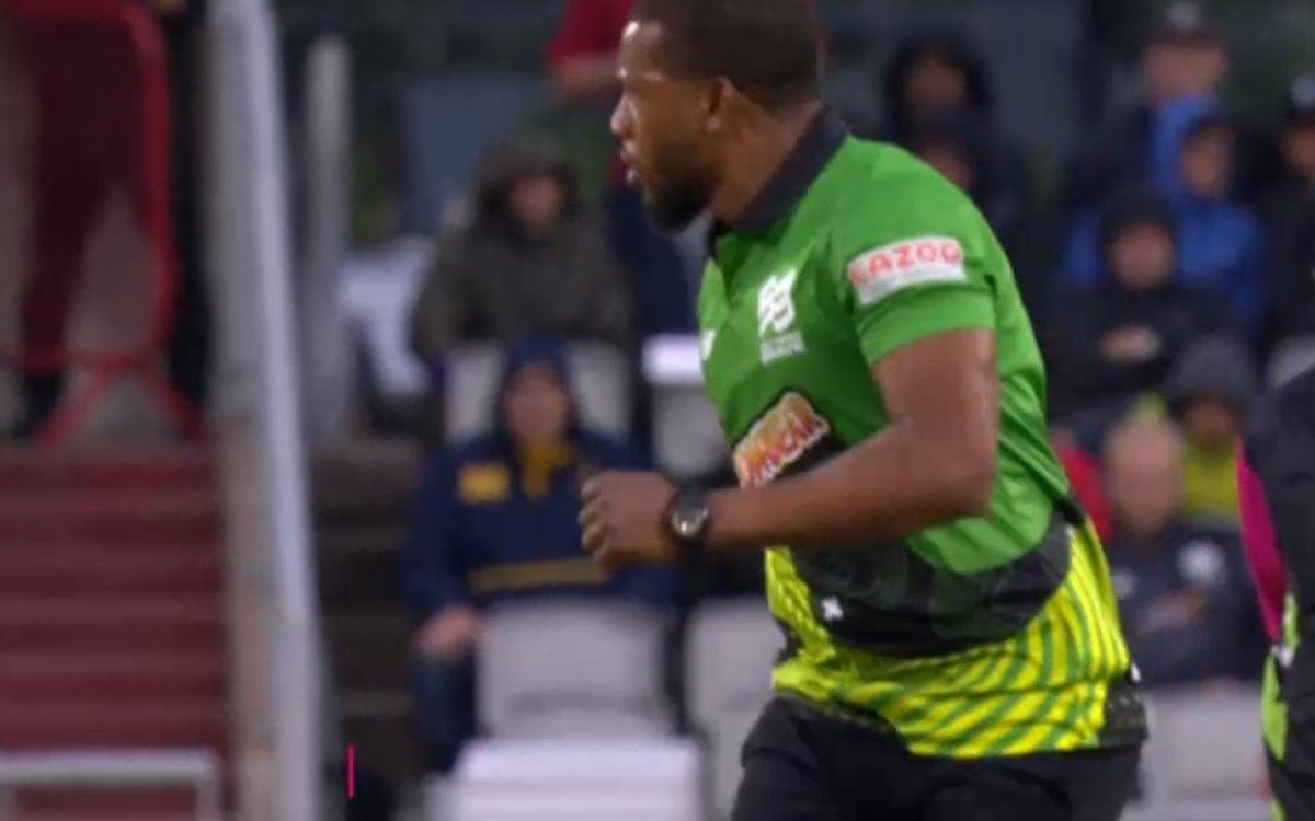 Cricket Image for VIDEO : लगातार 3 चौके और फिर बौखलाए जॉर्डन ने लिया बदला