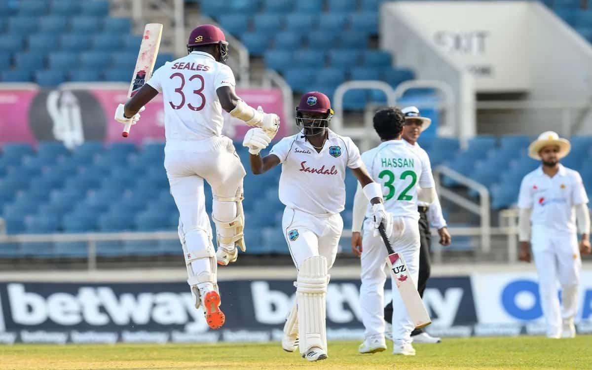 Cricket Image for WI vs PAK: रोमांचक मुकाबले में पाकिस्तान को विंडीज ने एक विकेट से हराया, केमार रोच
