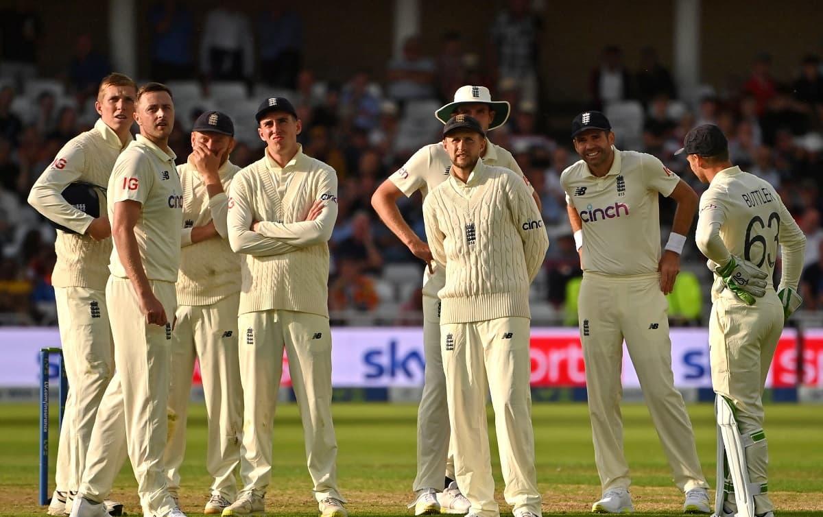 Cricket Image for भारत से करारी हार के बाद इंग्लैंड टीम पर भड़के कई पूर्व क्रिकेटर, कहा-शर्म आती है