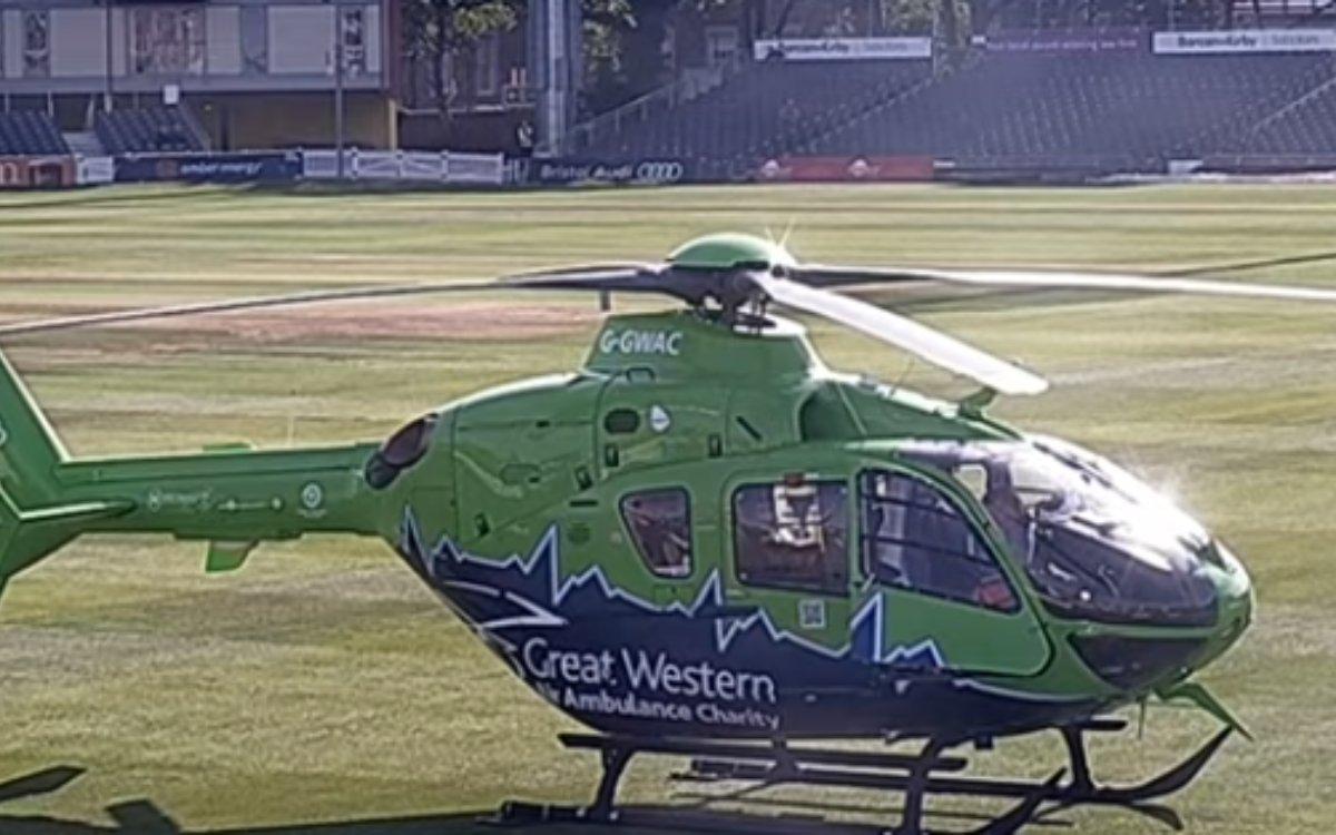 Cricket Image for VIDEO: मैदान में घुस आया हेलीकॉप्टर, लाइव मैच 17 मिनट तक रूका