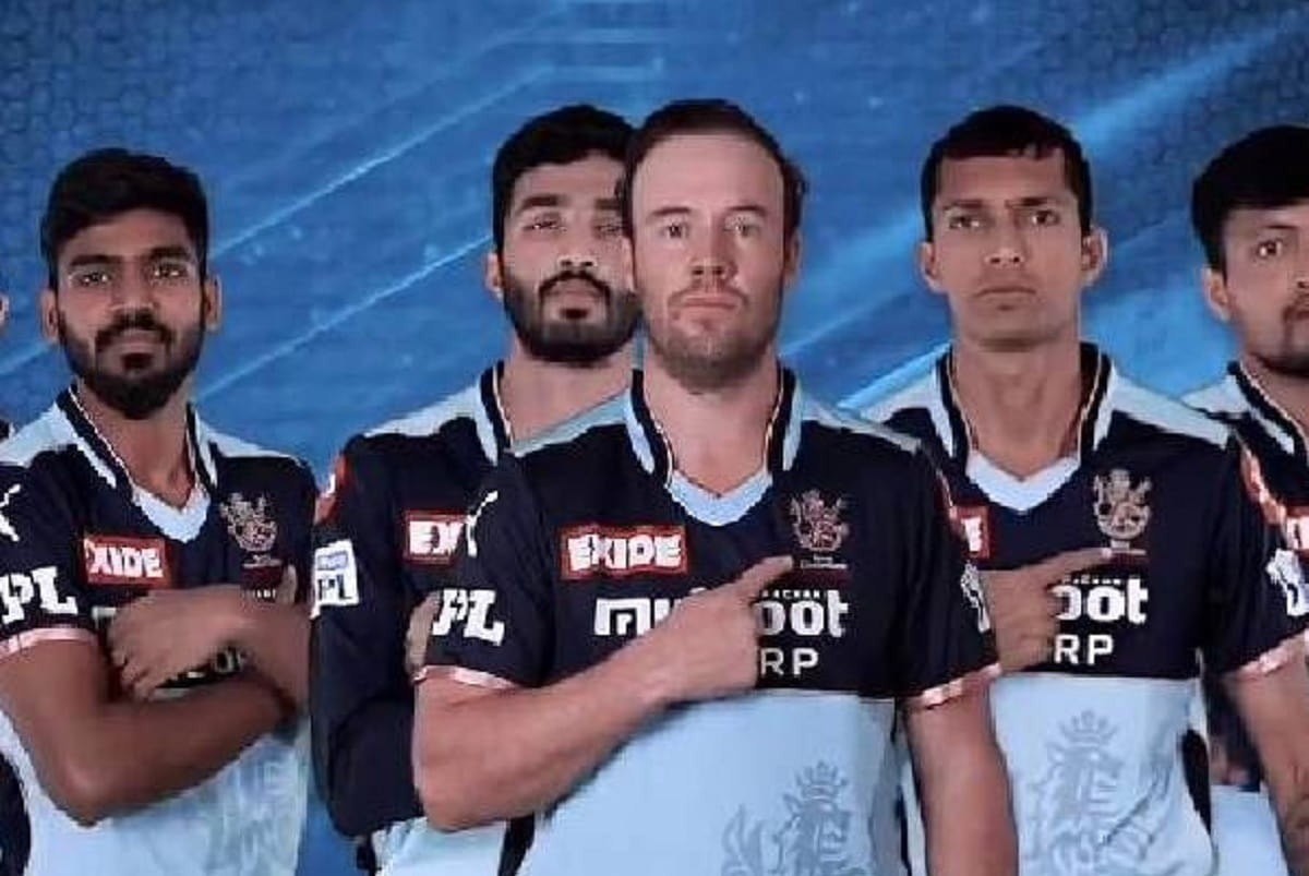 IPL 2021 RCB reveals New Jersey for KKR match on Monday, check why Virat Kohli to turn blue from Red