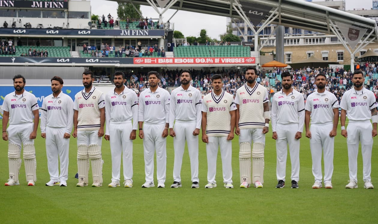 4th Test: Indian players wear black armbands in Vasu Paranjape's honour