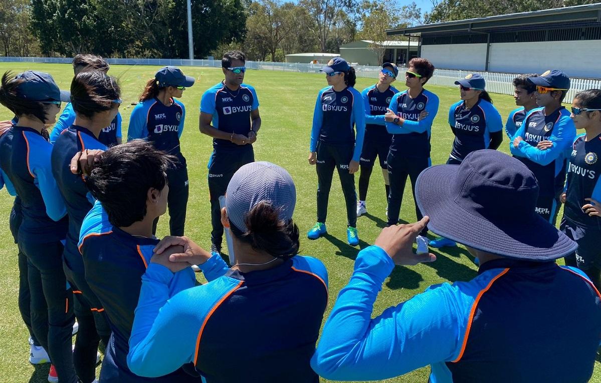 Indian women cricketers begin training in Australia