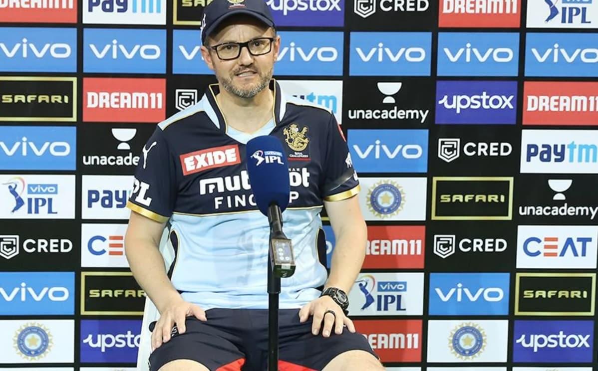 Cricket Image for माइक हेसन ने कहा,KKR से मिली हार का विराट कोहली के कप्तानी छोड़ने से लेना-देना नही