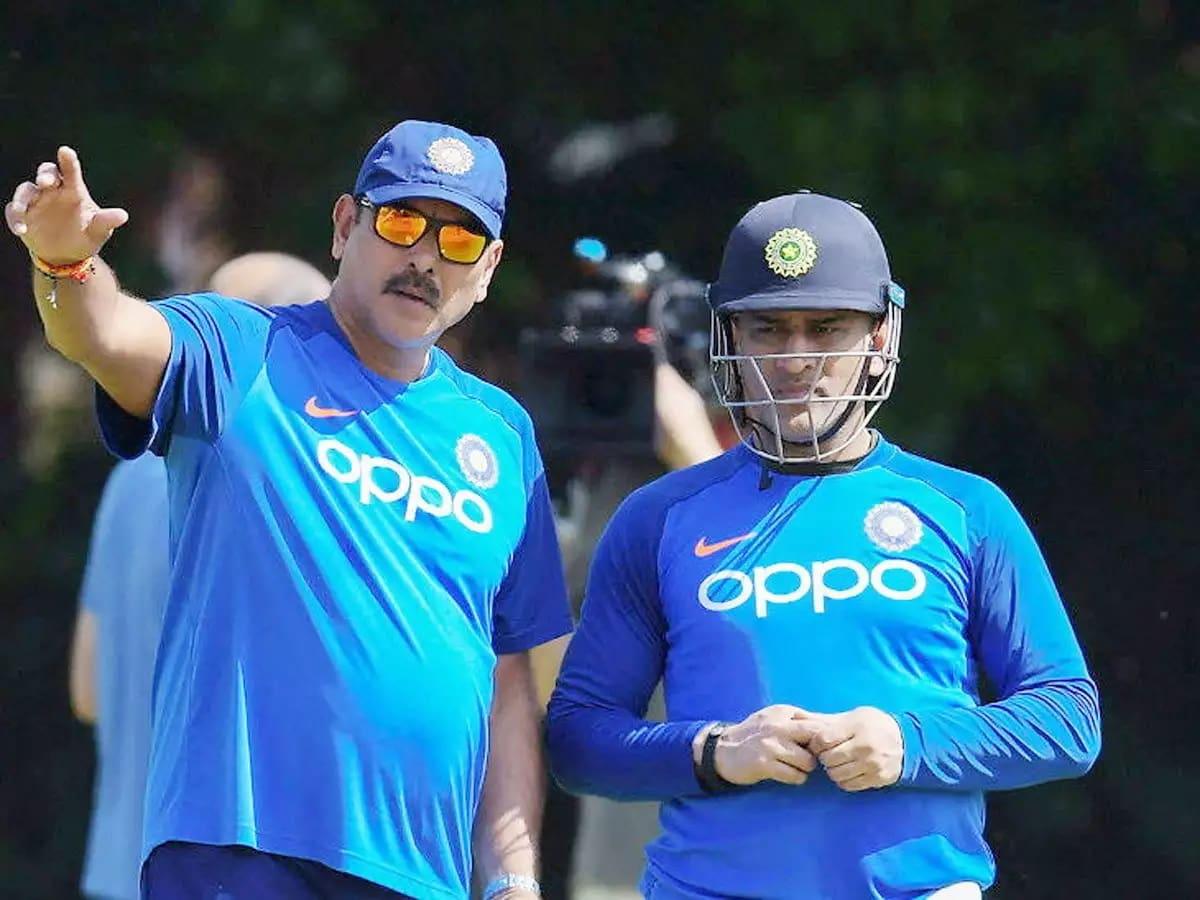 Ravi Shastri hails CSK captain's wicketkeeping skills