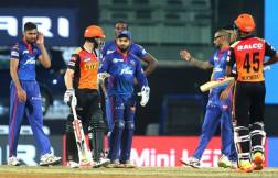 Sunrisers Hyderabad opt to bat first against Delhi Capitals