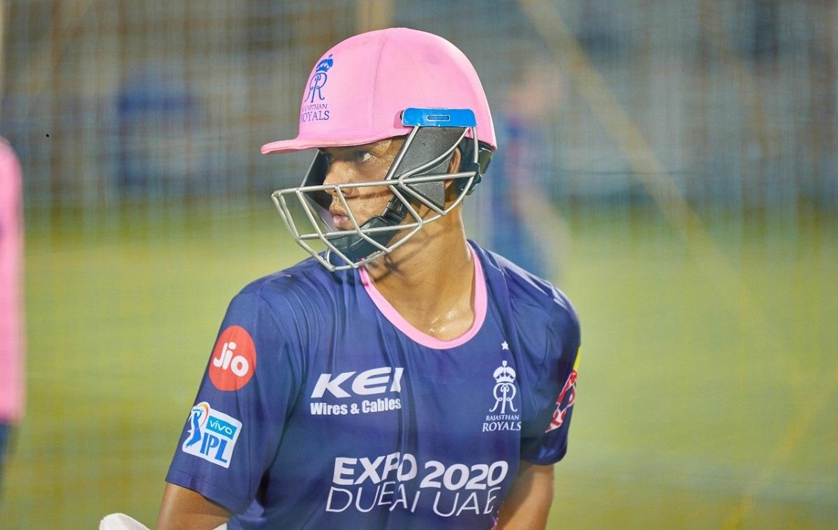 Cricket Image for  ओमान के खिलाफ सीरीज से पहले अपने ड्रीम खिलाड़ी से मिले यशस्वी जायसवाल, साझा किया