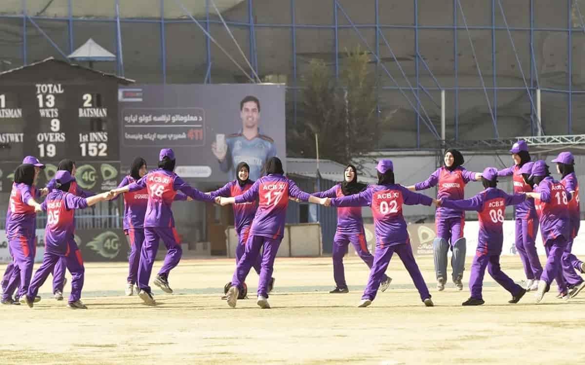 Cricket Image for 'महिलाओं के क्रिकेट खेलने पर दी जाएगी स्पष्ट स्थिति', ACB चैयरमैन ने दिया अच्छी खब