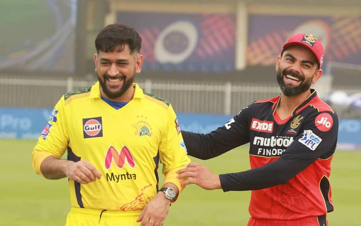 Cricket Image for IPL 2021: बैंगलोर के खिलाफ देरी से हुए टॉस में चेन्नई ने मारी बाजी, धोनी ने किया प