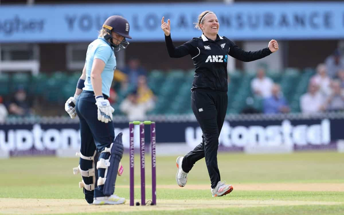 England women's team caught in Lee Tahuhu's extraordinary bowling while New Zealand beat by 3 wickets