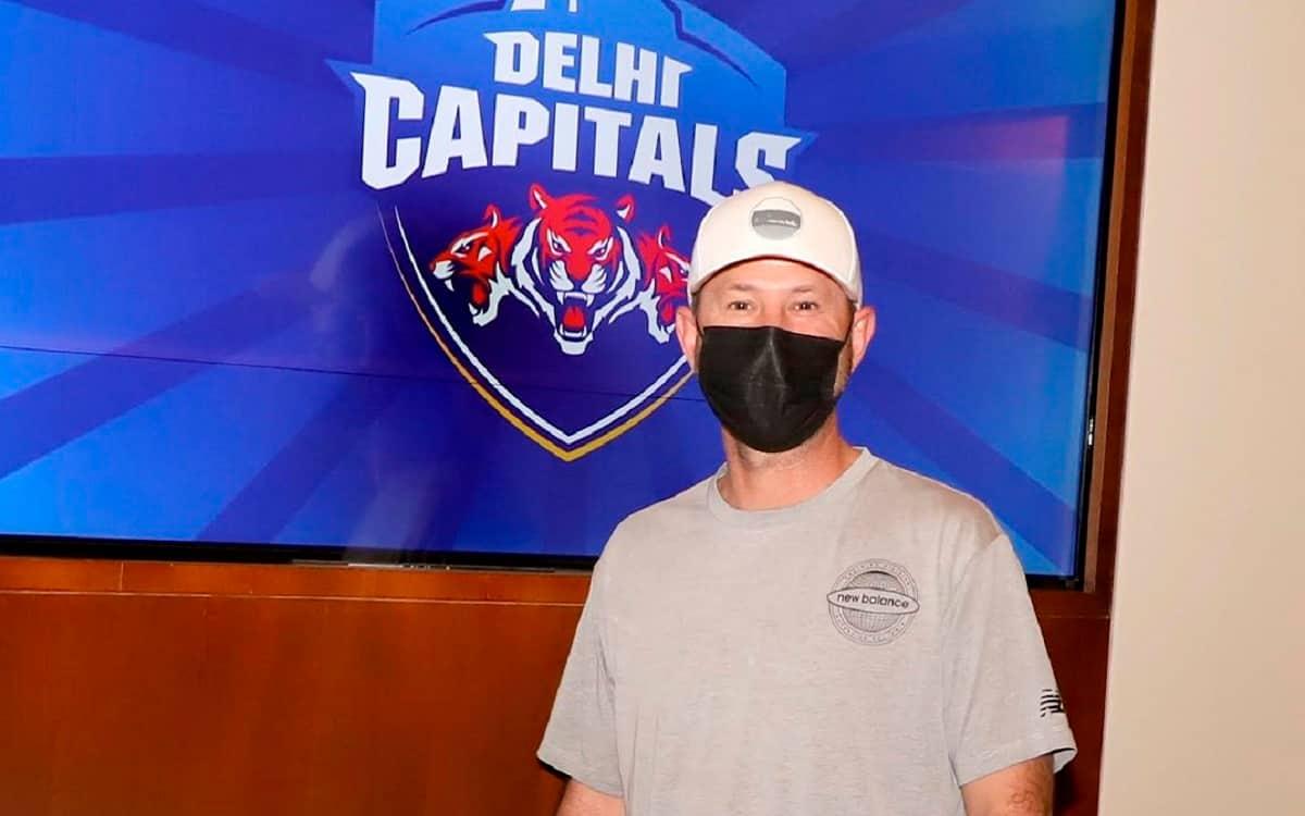 Cricket Image for IPL 2021: 'बॉस आ गए है', दिल्ली कैपिटल्स का साथ देने के लिए कोच रिकी पोंटिंग दुबई