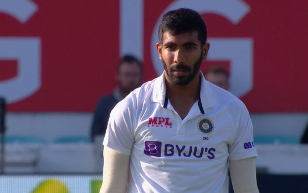 Cricket Image for VIDEO : ना कोई जश्न, ना कोई रिएक्शन, विकेट लेने के बाद बदले तेवरों में नज़र आए बुम