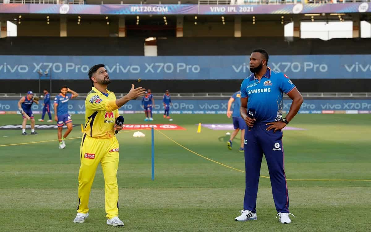 Chennai super kings chose to bat after winning the toss against Mumbai indians at ipl 2021