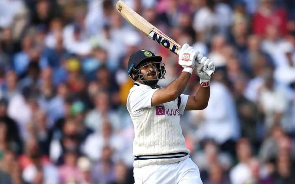 Cricket Image for VIDEO : ओवल में दिखी ठाकुर की आतिशबाज़ी, चौके-छक्कों की बारिश कर ठोक डाले 36 गेंदो