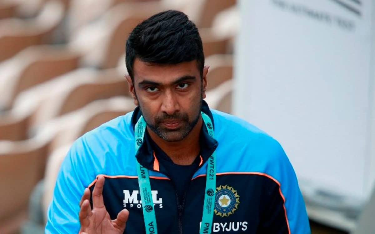 Cricket Image for T-20 World Cup: 'क्या अश्विन को प्लेइंग XI में मौका मिलेगा', सुनिल गावस्कर ने जताय