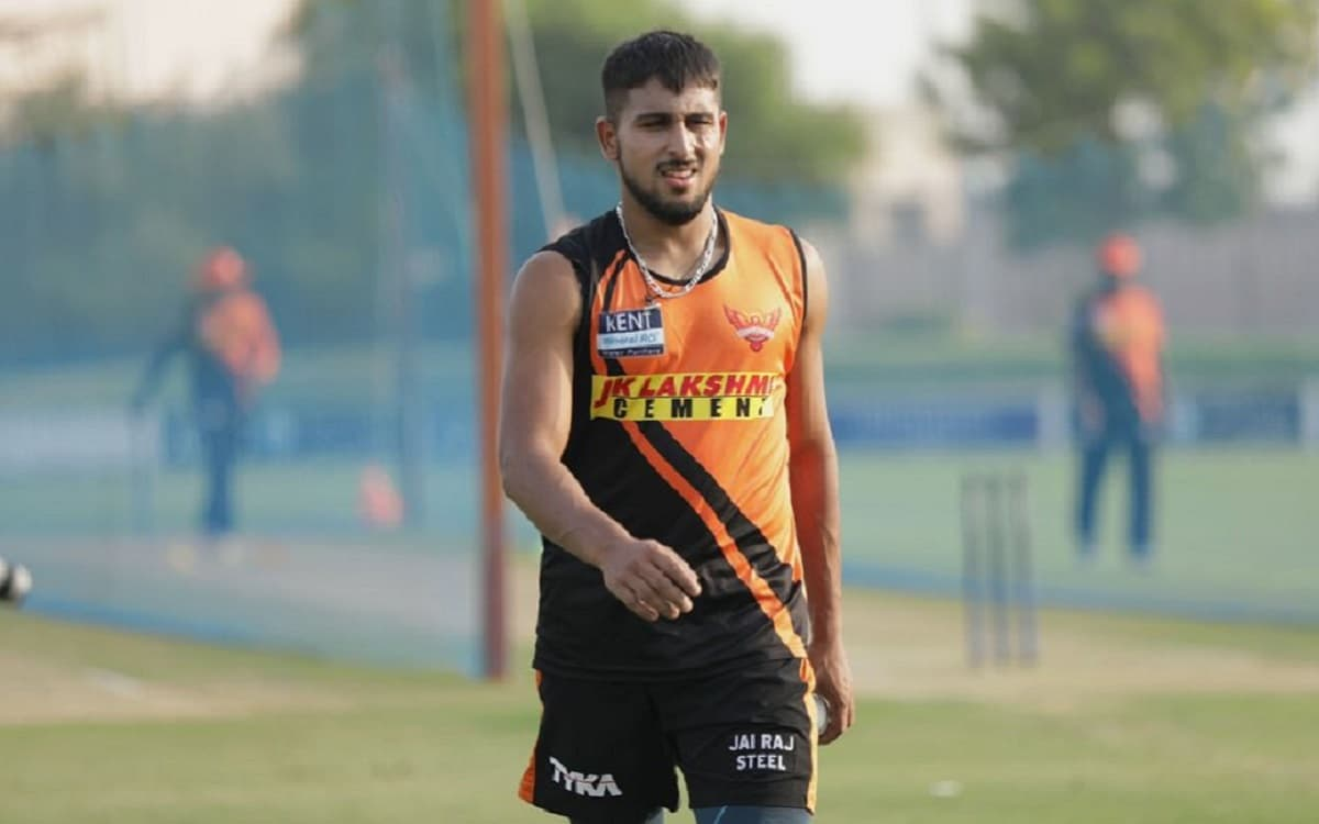 Sunrisers Hyderabad gets t Natarajan's covid replacement by adding Umran Malik in the team