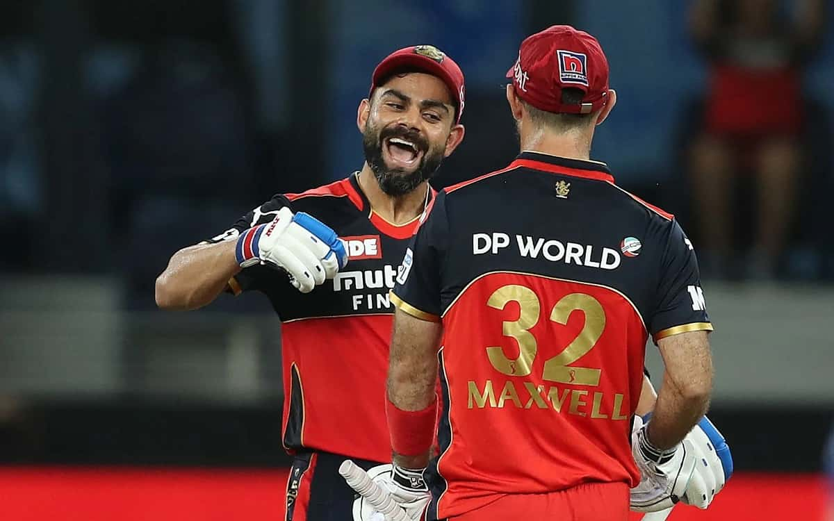 Royal Challengers Bangalore set a target of 166 runs against Mumbai indians whereas virat Kohli and glenn Maxwell hit half-century