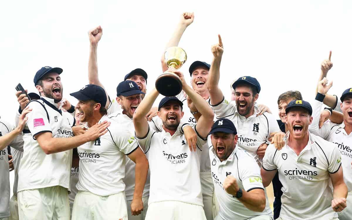 Cricket Image for Warwickshire Win English County Championship