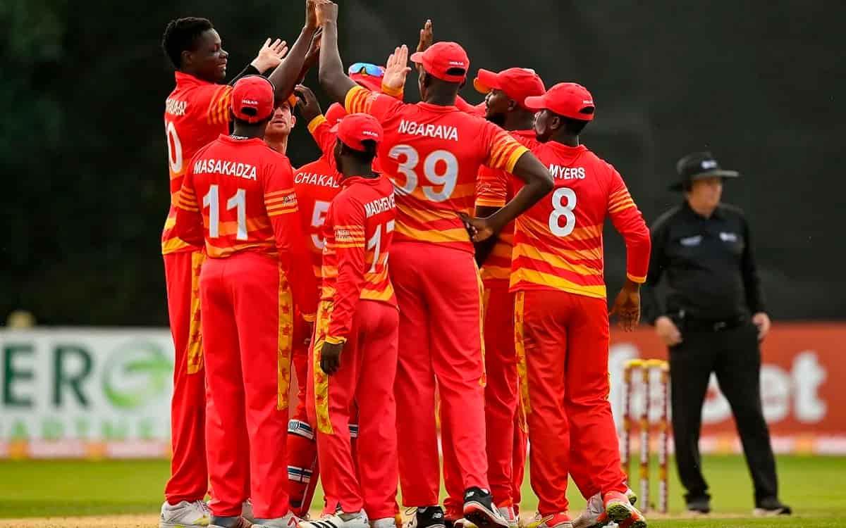 Cricket Image for IRE vs ZIM: पहले वनडे में जिम्बाब्वे ने आयरलैंड को 32 रनों से रौंदा, ये दो खिलाड़ी