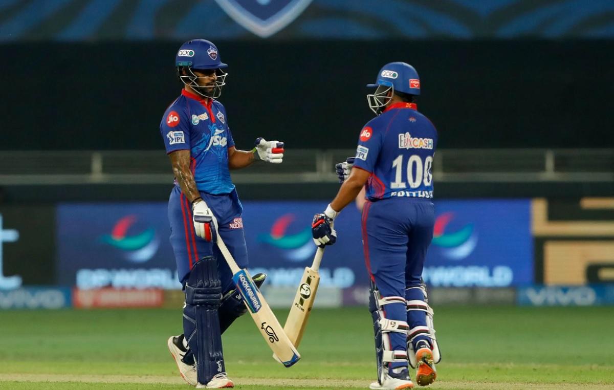Delhi Capitals set 165 runs target for RCB