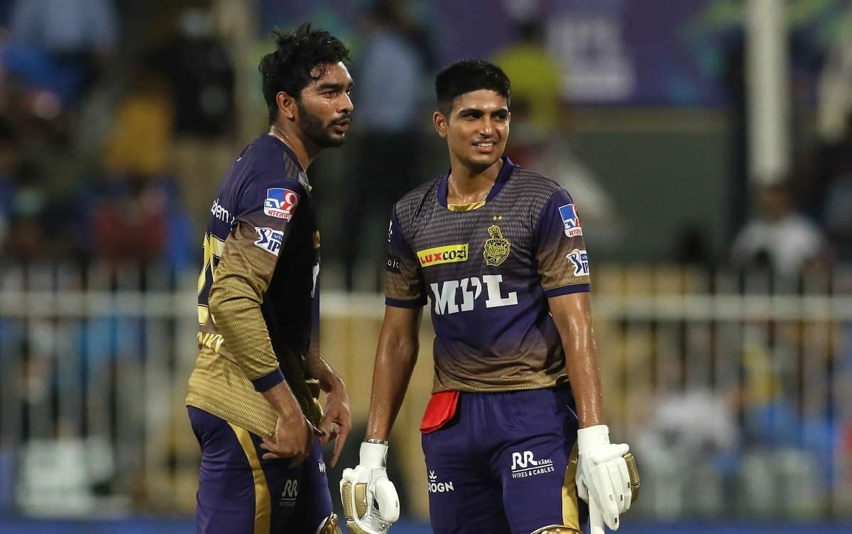 KKR survive late scare to beat DC by 3 wickets, to face CSK in final