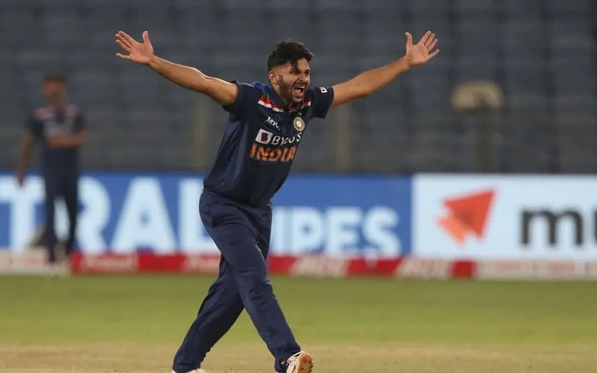 Cricket Image for Axar Patel Out Of Indian Squad For T20 World Cup, This Player Gets A Chance