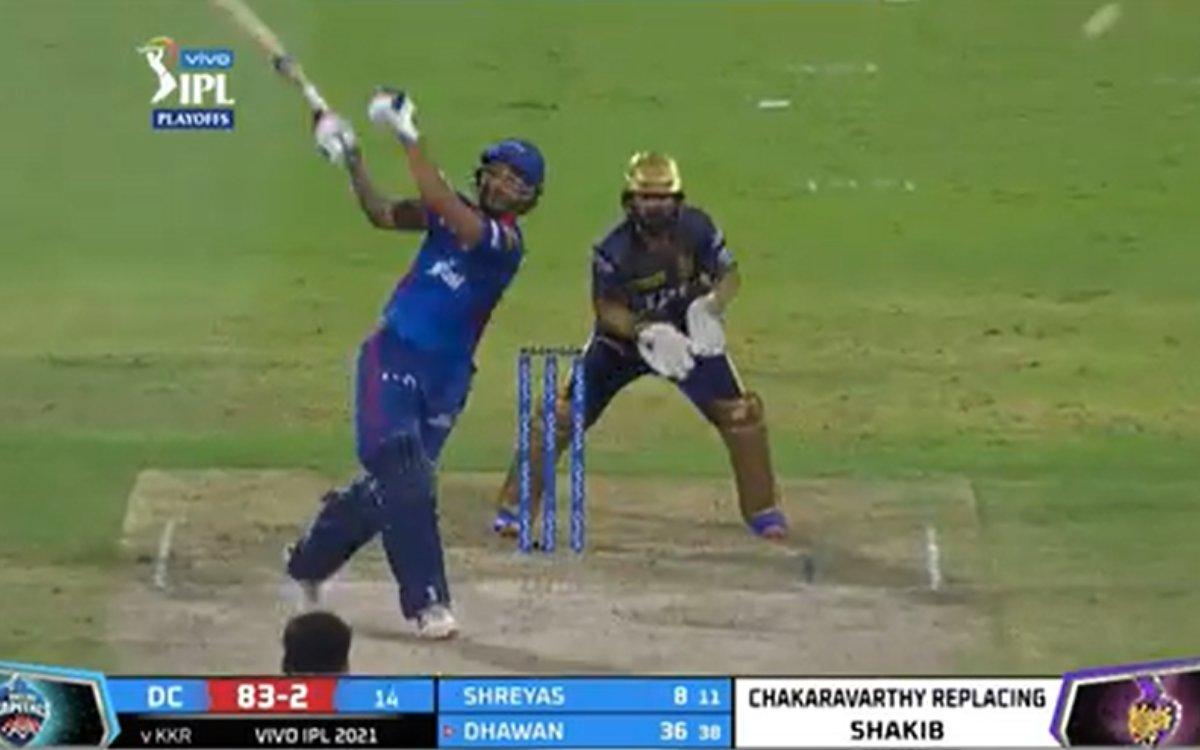 Cricket Image for VIDEO : बड़े मैच में गब्बर ने डुबोई लुटिया, 92 के स्ट्राइक रेट से बनाए रन और फेंका